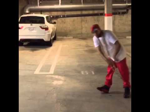 [COMEDY VINE] Do your chain hang low-