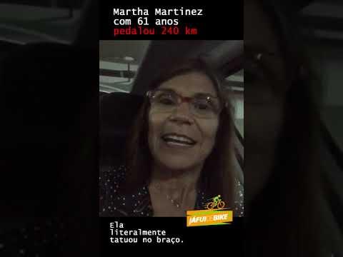 Martha, 61 anos, pedalou 240 e tatuou no braço
