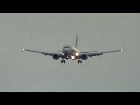 Alaska Airlines 737-890(N568AS)(Employee Powered Livery) arrives at Las Vegas!