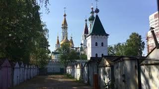 Пушкино, храмы : Никольский и Иконы Боголюбской Божьей Матери, обзор.