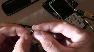 А что внутри :) Ремонт телефона Fly телефон TS105(А что внутри :) Ремонт телефона Fly телефон TS105 В телефоне пропал звук, т. е. слуховой динамик замолчал. Как..., 2015-08-13T13:00:01.000Z)
