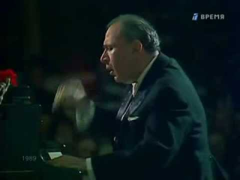 Naum Shtarkman plays Scriabin 2 Mazurkas op. 3 - video
