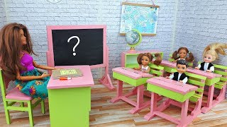 First day at the Barbie doll School - Toddlers at classroom - Morning Routine and School Life