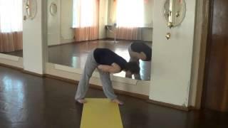 Упражнения для спины дома.