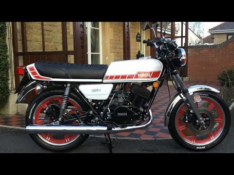 1980 YAMAHA RD250F, SHOW STANDARD