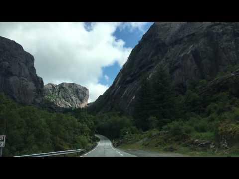Fahrt auf der Rv44 Flekkefjord - Sokndal Norwegen Vest-Agder