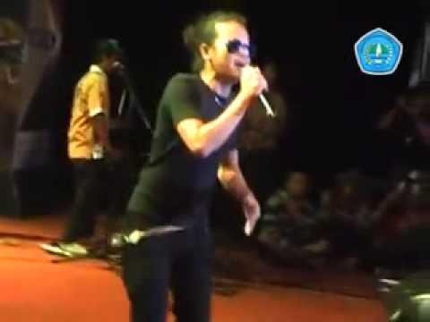Demy RD26 - Tutupe wirang [Live Show Situbondo]
