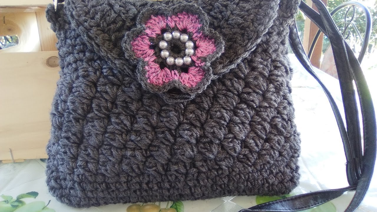 9278575d6b CROCHET SHOULDER BAG with liner and zipper easy tutorial - YouTube
