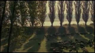 Repeat youtube video Tributo di Bertolucci alla Liberazione - Novecento Atto Primo