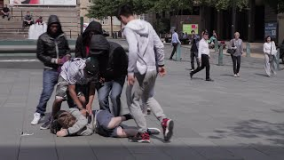 Bullying fight caught on camera Sheffield City Centre
