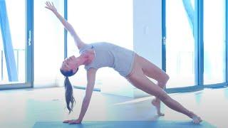 Super Hero: Total Strength Yoga Flow