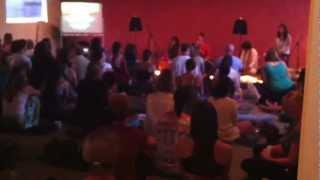 Edo and Jo - Saraswatiye (Live at Qi Yoga)