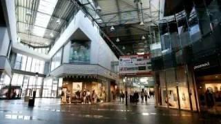 Bratislava: Shopping centers [P & C/U]