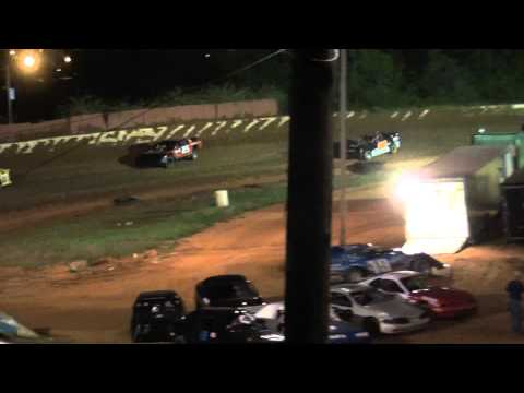 Lake Cumberland Speedway 4.23.11 Super Dirt Stock Feature