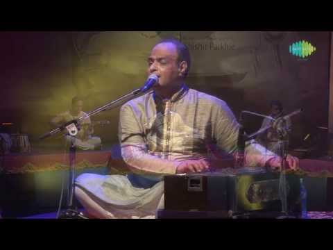 Jhuki Jhuki Si Nazar | Ghazal Video Song | Live Performance | Shishir Parkhie