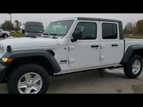 20J32 2020 JEEP GLADIATOR SPORT MAX TOW PACKAGE WALK AROUND REVIEW IN BRIGHT WHITE