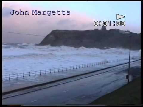 Scarborough tidal surge  North Bay 1993