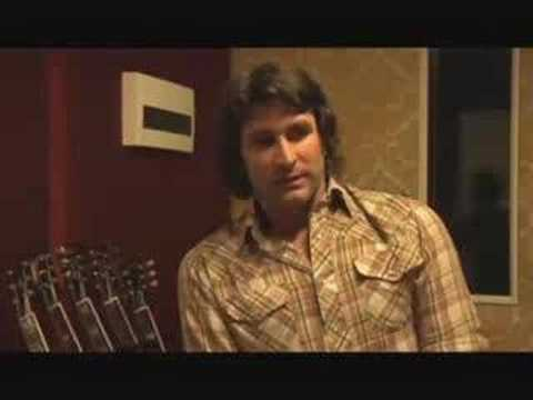 Pete Murray Speaks About 'Summer at Eureka'