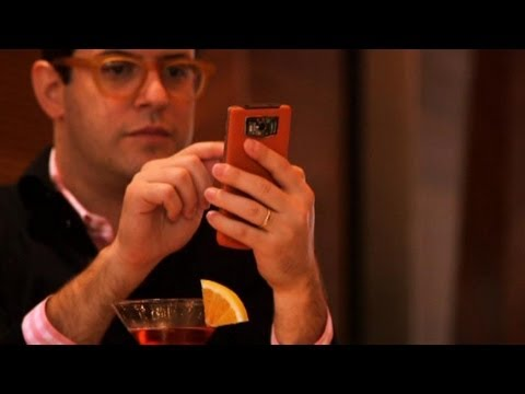 Vertu Constellation: Ordinary Man Tests the New $6,000 Phone
