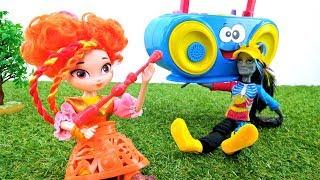 Куклы Сказочный Патруль. Игры для девочек. Джин с магнитофоном