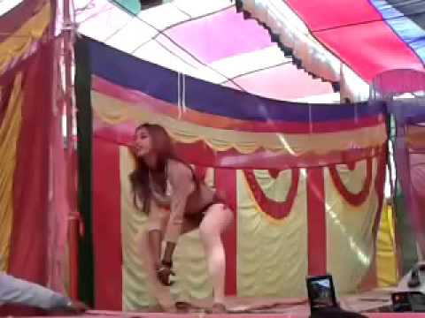 Upar Ke 32 Niche  Ke 36 Bhojpuri Arkestra Dance 2015   YouTube