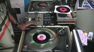 Jah Live On Riddim 2001 - Selecta Douroots