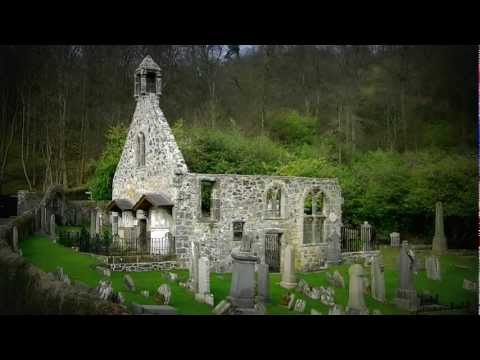Old Logie Kirk & Graveyard  - Dating   from 1124