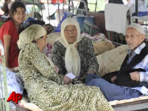 100,000 Uzbek Refugees Flee Southern Kyrgyzstan