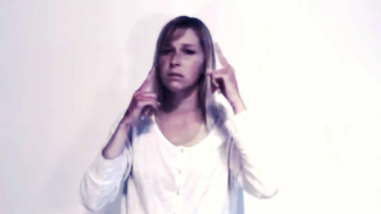 SIA - Chandelier ASL (Piano version) - YouTube