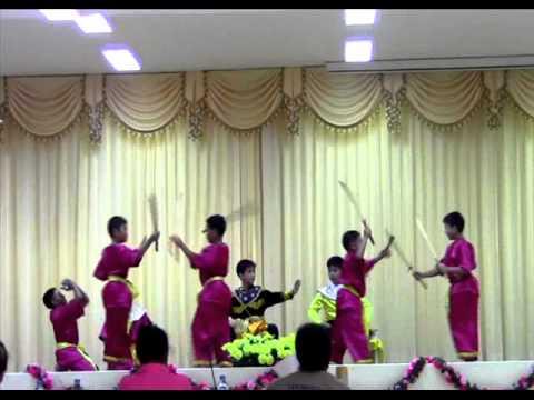 ภาพแสดงละครโรงเรียนสีวลีคลองหลวง