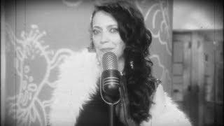 Lucie Bílá - Jenom klid (oficiální video)