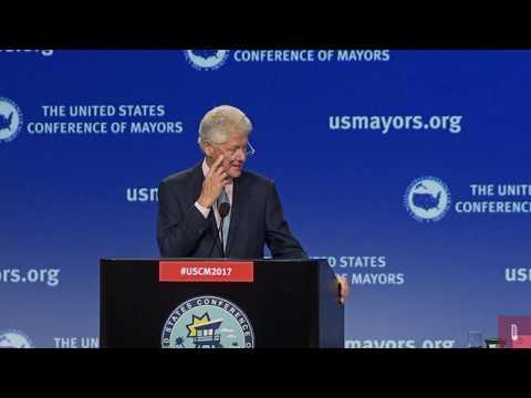 Bill Clinton Addresses U.S. Mayors Conference