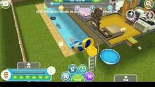 The sims  free play mod dinheiro infinito etc.