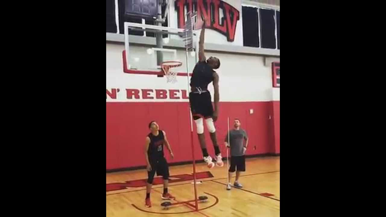 Derrick Jones Has A RIDICULOUS 46 Inch Vertical!! - YouTube