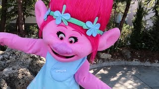 Meeting A Troll At Universal Studios Orlando, Park Updates & Awesome Character Interactions!
