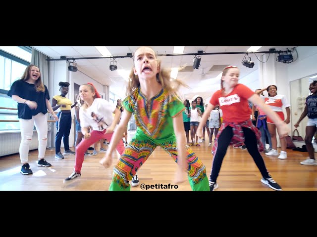Petit Afro Presents - #PetitAfroChallenge || Afro Dance || Video By HRN