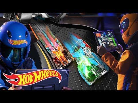 INTRODUCING HOT WHEELS AUGMOTO: AR RACING  Orange Vs Blue  Hot Wheels