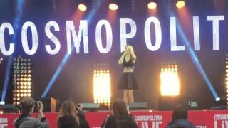 Смотреть клип песни: Юлианна Караулова - Так близко