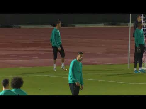 Ronaldo scores diving header but hurts shoulder youtube - Cristiano ronaldo dive ...