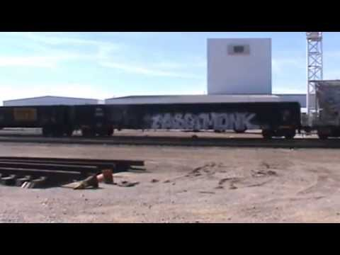 BNSF / ATSF General Freight Tulsa, OK 11/9/14 vid 9 of 11
