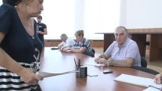 видео Cписок очередников на получение земельного участка многодетным семьям