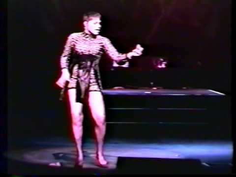 APRIL SUMMERS AT THE APOLLO IN N.Y.JULY.27,`1995