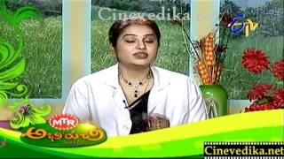 Aloo Miryalu Fry, Pakodi Kruma, Pasta - garlic salad, Kiwi Triple Fruit Juice_clip5