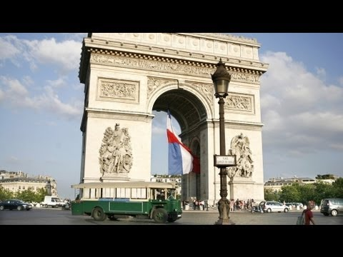 Foreigners flock to buy luxury property in Paris