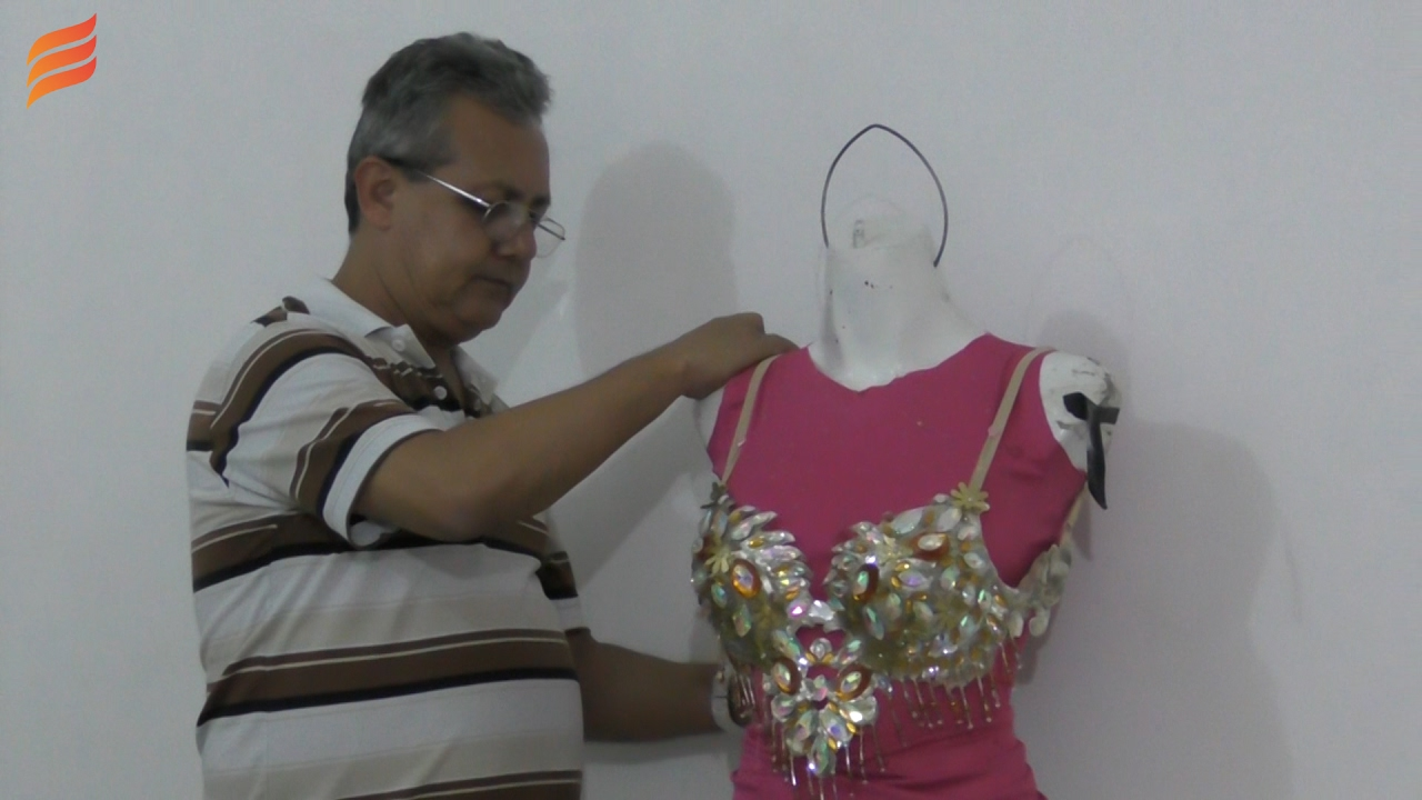 Garantizan Vistosos Carnaval Para Vestidos Reinas Del 2017 D2WH9EIY
