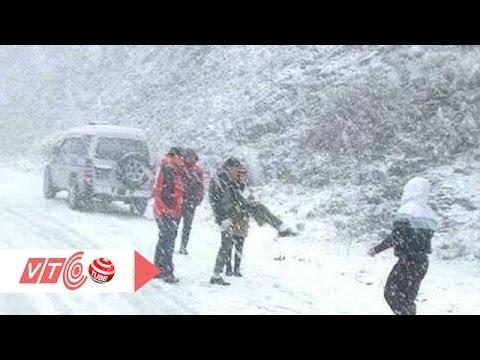Teen Việt 'nghịch dại' trên băng tuyết | VTC