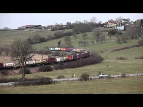 Intermodal freight at Oberstinzel (Fance) HD