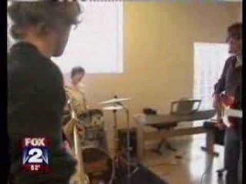 Fox 2 News Visits The Detroit School of Rock and Pop Music