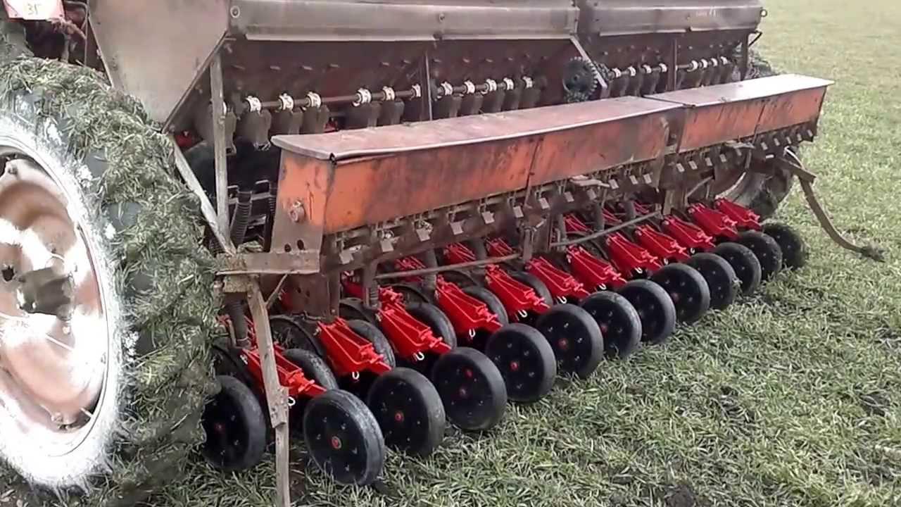 Сеялка для газона: механическая, разбрасыватель и Как сделать турбодиск на сеялку своими руками
