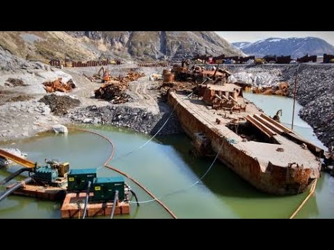 12 Most Incredible Abandoned Ships In The World